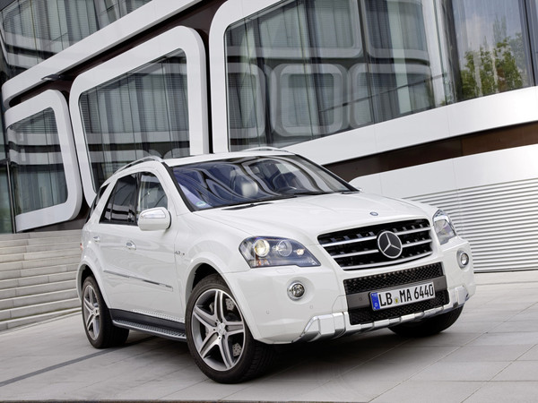 Mercedes ML 63 AMG : léger repoudrage