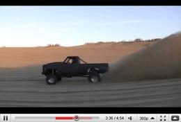 Réveil Auto - 1200ch sur le sable, ça pique les yeux
