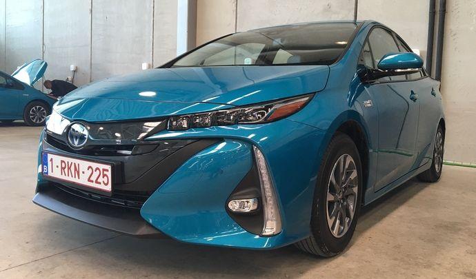 Toyota Prius Rechargeable 2017 : les premières images de l'essai en live + Premières impressions