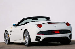 Novitec Rosso déniaise la Ferrari California : 606 ch sous la selle