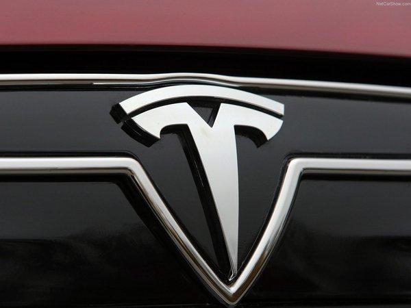 Tesla : un gros pickup à l'étude ?