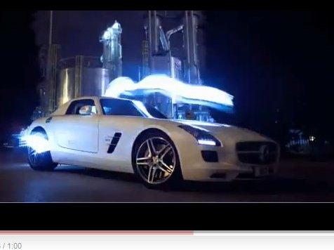 [vidéo pub] c'est beau une SLS la nuit