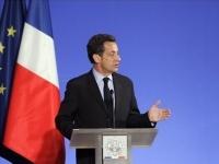 Sarkozy réagit face aux incendies de voitures du nouvel an