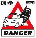 Allemagne : un conducteur arrêté avec un téléphone portable à chaque main !
