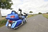 Essai vidéo - Honda Gold Wing 2012 : Voyage en classe affaire...