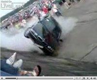La vidéo du jour : BMW Série 7 + burn + pipeline = ???