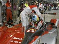 (24 Heures/direct) Sortie de piste pour l'Audi n°7 et Tom Kristensen