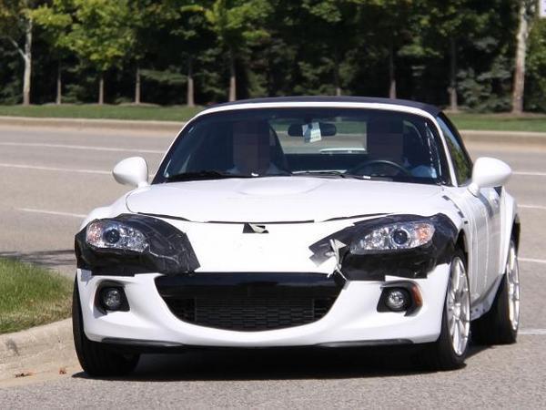 Future Mazda MX-5 : objectif moins de 1000 kg