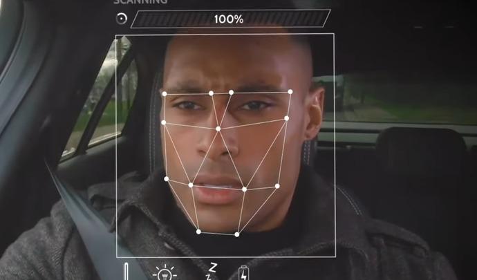 Jaguar-Land Rover teste une caméra capable de détecter l'humeur du conducteur