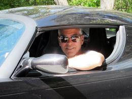 George Clooney assure que sa Tesla Roadster n'était pas fiable