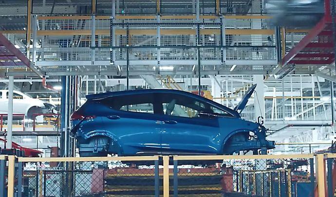 Opel dévoile la production de l'électrique Ampera-e