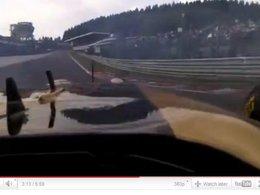 Insolite et verbalisable : Bruno Senna utilise son téléphone au volant .. de sa F1 à Spa !