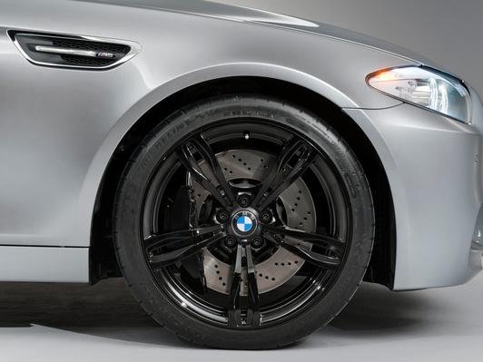 BMW confirme une M5 à 4 roues motrices