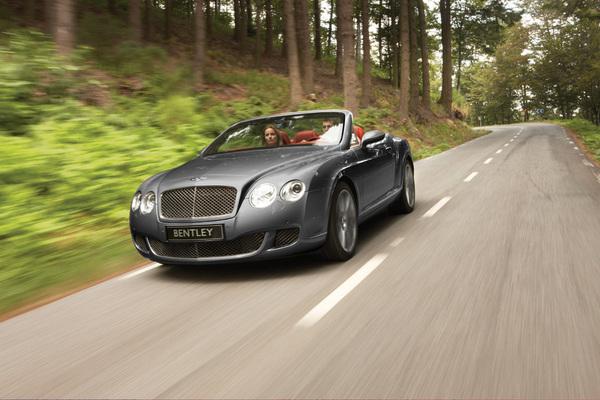 Détroit 2009 : Bentley GTC & GTC Speed