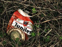 Le recyclage de canettes au Mans, ou comment se donner bonne conscience en utilisant une poubelle