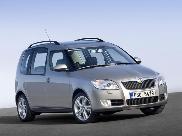 Skoda : le prochain Roomster basé sur le Volkswagen Caddy
