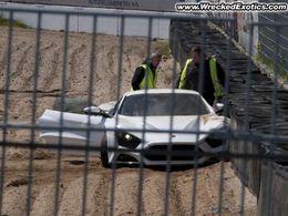 La seule Zenvo ST1 au monde dans un mur