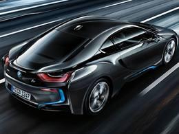 BMW annonce avoir vendu 1 an de production de l'i8 et 10 000 i3
