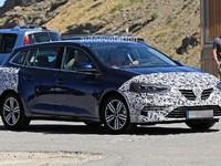 La version break de la Renault Megane restylée prend la route