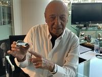 """Rencontre avec Jacques Séguéla: """"La 2CV a changé ma vie"""" - Interview vidéo"""