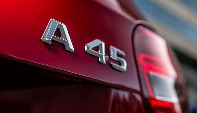 Mercedes : plus de 200 ch au litre pour la prochaine A45 AMG