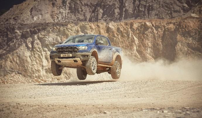 Virées Caradisiac - Ford Ranger Raptor : on a testé le jump !
