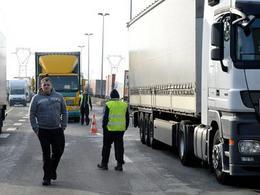 Les routiers reprennent leurs blocages pour obliger les patrons à négocier