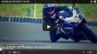 Metzeler Sportec™ M7 RR... en vidéo façon Guy Martin