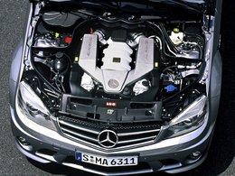 Midi Pile - Renault-Nissan et Daimler : échange V8 contre moteur électrique