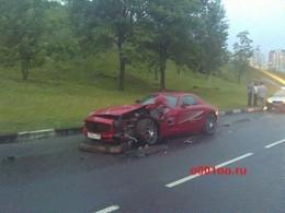 Accident pour une Mercedes SLS russe : elle se crashe dans une Lada