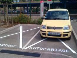 Paris: 200 places de parking pour l'autopartage