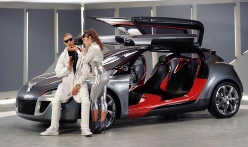 [Vidéo] N-Dubz : Du rap, du bling bling, de la mise en scène et une Renault Mégane Concept