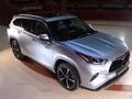 Toyota Highlander hybrid : l'hybride des familles - Salon Caradisiac Electrique/hybride 2021