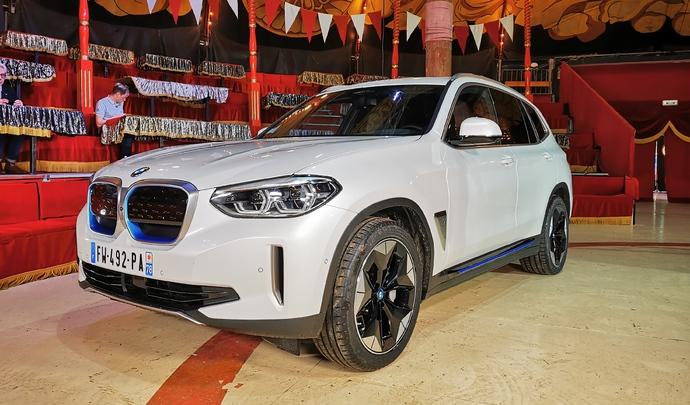 BMW iX3 : début d'une nouvelle ère - Salon Caradisiac Electrique/hybride 2021