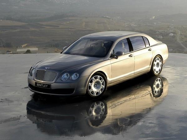 (Minuit chicanes) Bentley Continental Flying Spur: une Lxxx Gxxxxx est plus belle...
