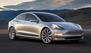 Tesla Model 3 : la production démarrera en juillet malgré une situation financière difficile