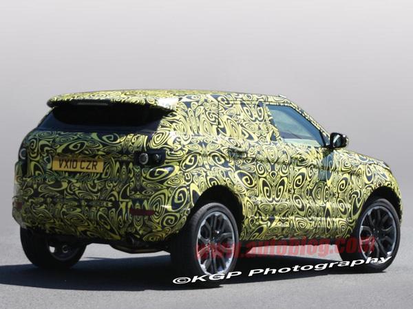 Le futur Land Rover LRX gagne une paire de portes supplémentaire