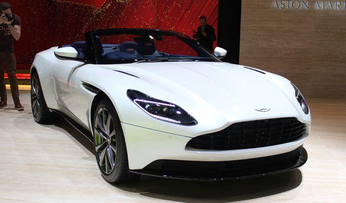 Aston Martin DB11 Volante : beauté fatale - Vidéo en direct du salon de Genève