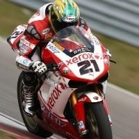 Superbike - Assen M.2: Bayliss s'envole