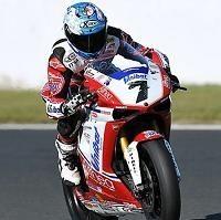 Superbike - Portimao Q.1: Carlos Checa ne lâche rien