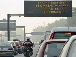 Paris demande le retour de la circulation alternée pour vendredi