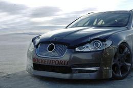 363 km/h en Jaguar XFR : le matou le plus rapide de tous les temps !