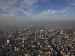 Paris : Anne Hidalgo persiste et réclame la circulation alternée pour samedi