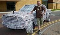 Une Ford Mustang 1965 faite de 5 000 canettes de bière !