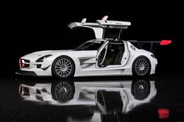 Officiel : Mercedes dévoile sa SLS AMG GT3