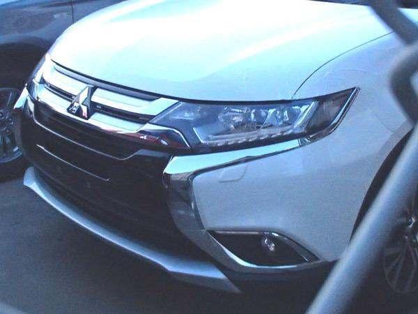 Surprise : le Mitsubishi Outlander restylé montre son nez