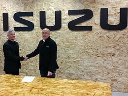 Isuzu devient le nouveau partenaire officiel de la Fédération Française de Surf