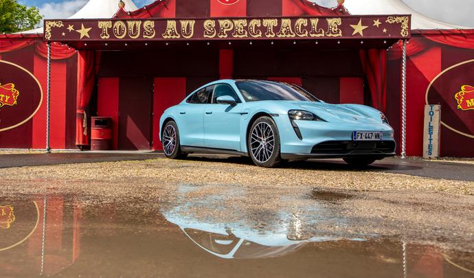 Porsche Taycan : sportive pur jus - Salon Caradisiac Electrique/hybride 2021