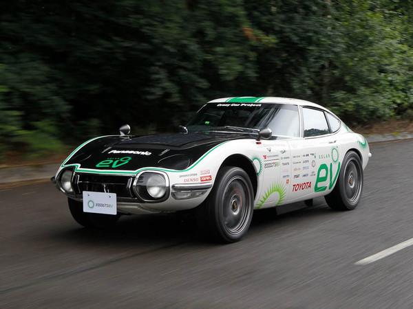 Toyota travaille à une sportive électrique à boîte manuelle
