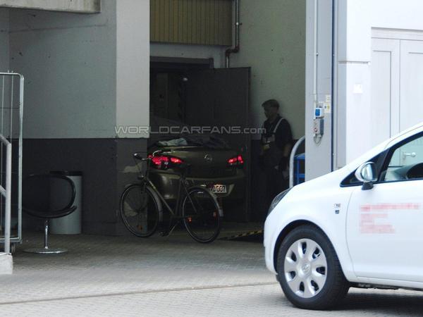 1ères images de la prochaine Opel Astra cabriolet?